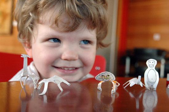 Toys-5---portable-zoo