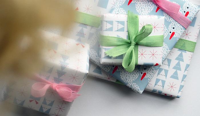 Presents_jessicanielsen