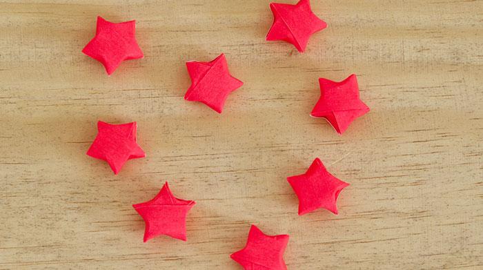 Bloesem Kids   DIY Origami lights garland