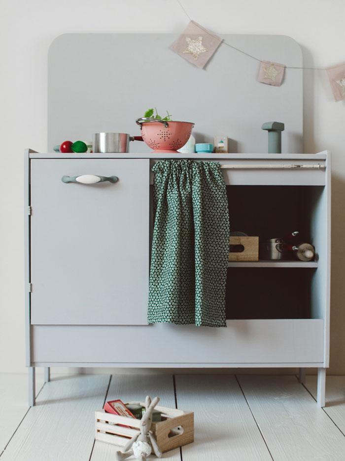 Bloesem Kids | Link love: Play kitchen via Petite Backstage