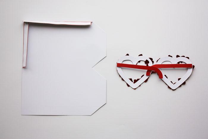 Bloesem Kids | Valentines DIY spec-tacular glasses craft project