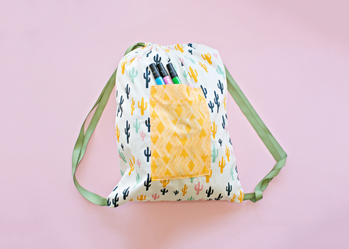Cactus-drawstring-backpack