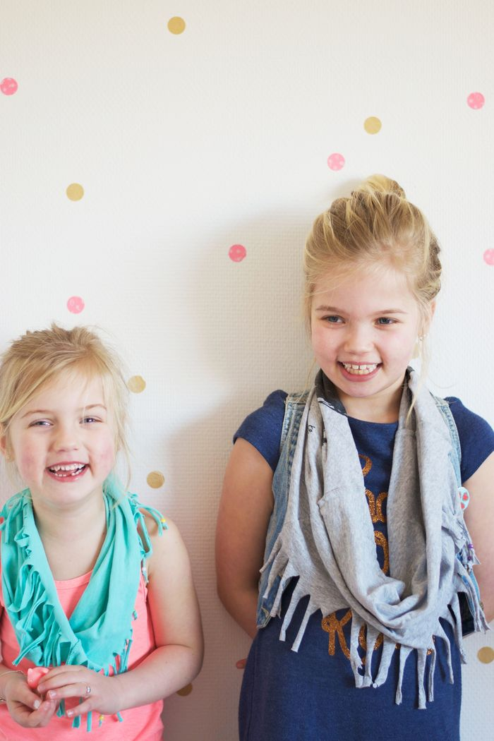 Bloesem kids craft | 5 minute summer fringe scarf