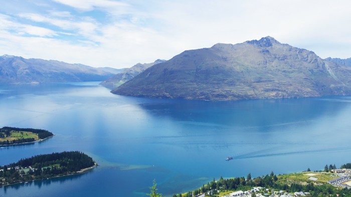 Bloesem kids | Bloesem Gazette: Family vacation to New Zealand | Queenstown Gondola view