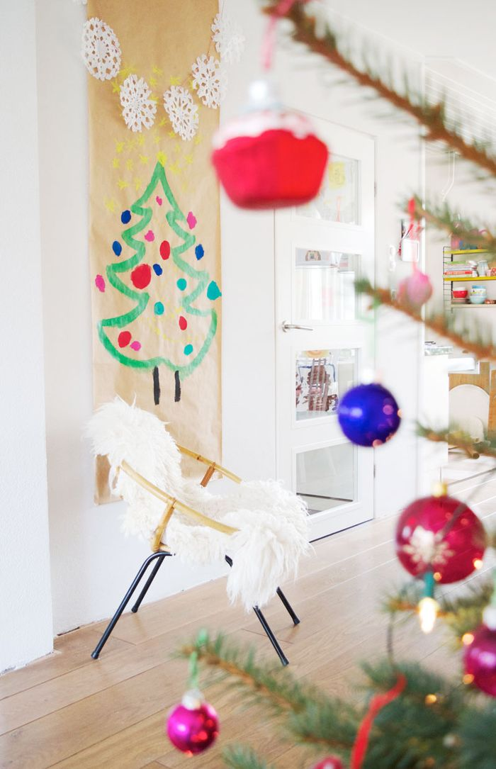 Bloesem kids | DIY Christmas tree with snowflake bunting